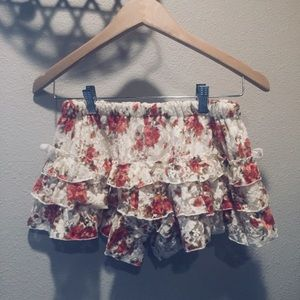 Dresses & Skirts - Floral Ruffle Skirt w/ Shorts